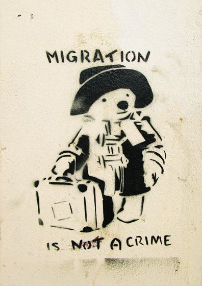 Banksy: Paddington Bear - Migration is Not a Crime. Graffiti/Street Fine Art Print/Poster. Sizes: A4/A3/A2/A1 (002294)
